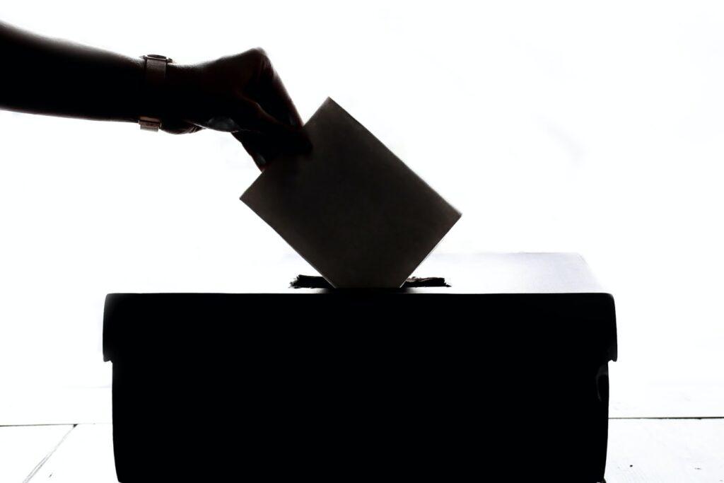 NL bezorgd over buitenland in verkiezingen